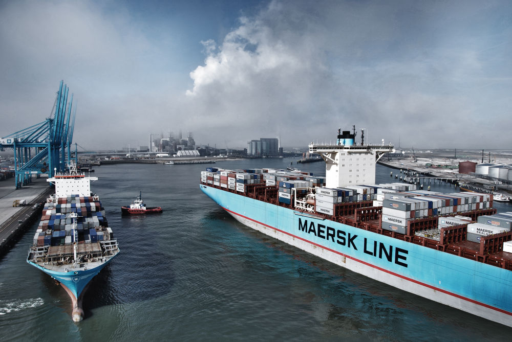Maersk Line accepts new Qatar container bookings via Oman