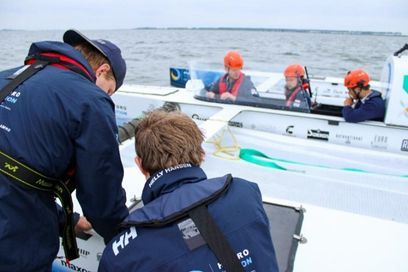 The world's first flying hydrogen boat is a fact TU Delft students on to world championships